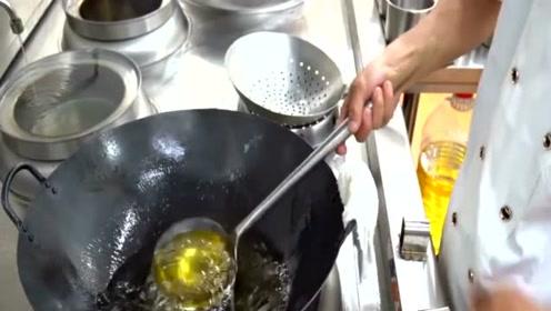 为什么厨师做菜要让水龙头一直开着,不浪费水吗?其实错怪人家了