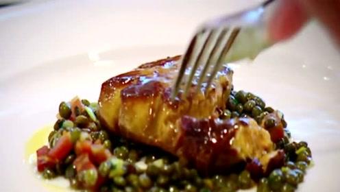 为什么鹅肝能成为西餐的高级食材,而鸭肝、鸡肝却不行呢?