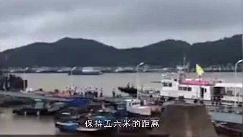 发现女童遗体的船老大:返航途中发现,一直开船跟着到渔政赶到