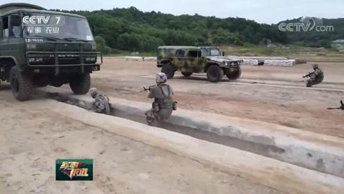 卡车从身上开过 徒手传递炸药……心理防护训练锤炼勇气