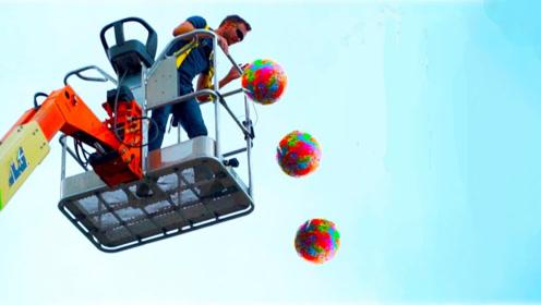 一个弹力球能弹很高,那一千个不就能上天?实验的结局让人意外!