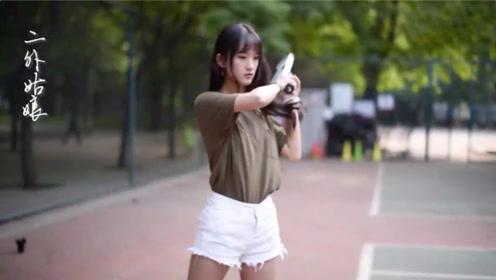 二外姑娘,北京第二外国语大学专属女生的MV,让岁月化成了歌