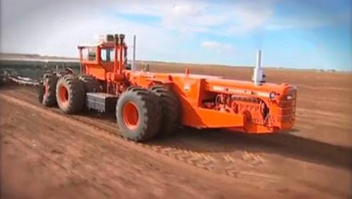 拖拉机最牛王者,12个轮胎2个头,车身长6米多!