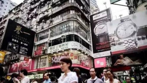 去香港玩,为何只一眼就被认出是大陆人,香港人:全凭这三点