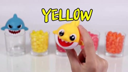 教萌娃小可爱们用玩具识颜色学英文,有趣又简单!