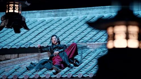 陈情令:魏无羡夜晚醉酒,睡在蓝湛屋顶上,却不知蓝湛趁机离开了
