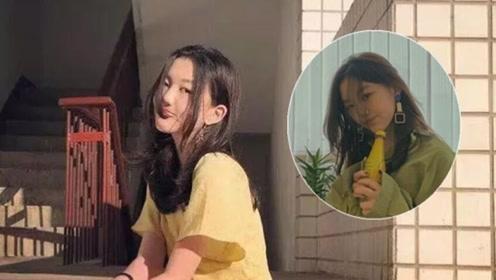 王菲女儿李嫣最新照片,涂指甲油戴大耳环化了妆,成熟得像20岁