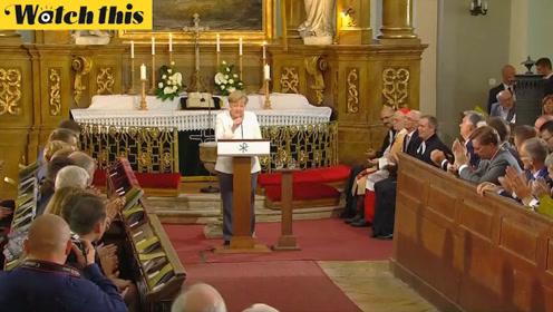 默克尔访问匈牙利纪念东德人民脱逃30周年:感谢匈牙利所做贡献