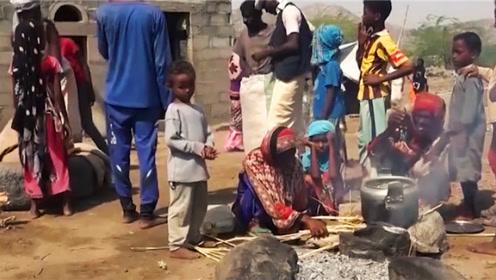 """世界最""""贫穷""""国家之一,人们不种粮食却种草,吃草人随处可见"""