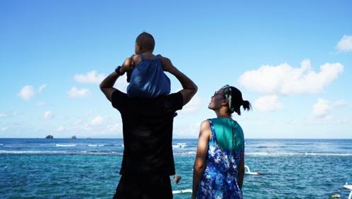 带着9个月宝宝去巴厘岛看海,游天空之门,品尝美味的海景晚餐