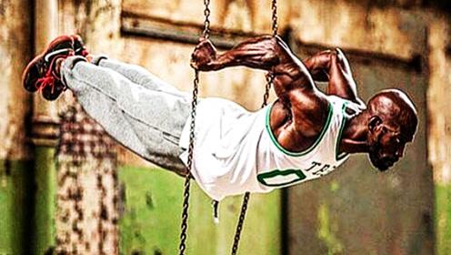 80后的肌肉怪物,身材比例逆天,被称为健美界的未来之星