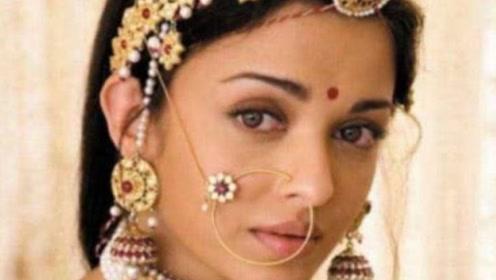 印度女人的额头为何都要点一个红点?难道含有什么意义