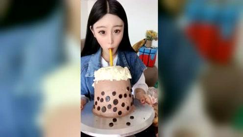 美女用珍珠奶茶做蛋糕,送朋友太有面子了