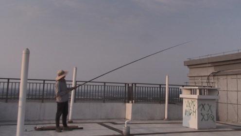 花1100块买的鱼竿,看一下腰力如何
