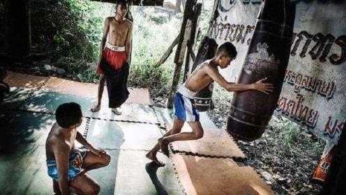 欢乐艰苦的泰拳训练,看看在这里认识几个人