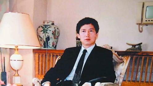 中国穷小伙娶77岁美国女星,继承70亿遗产,回国疯狂做慈善