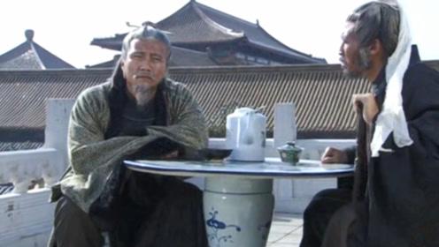 朱元璋请大臣吃饭,刘伯温:快跑吧,皇帝要杀我们了!徐达:好嘞