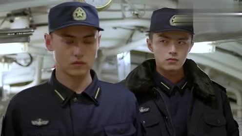 士兵发生冲突不动手,军官见证下另类比拼,双方较量下只输一秒钟