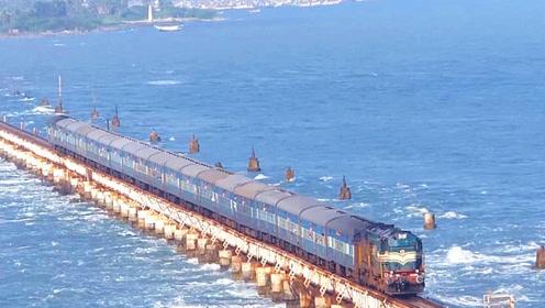 """最""""危险""""的铁路,直接建在海中央,行驶时海浪打过的感觉不一般"""