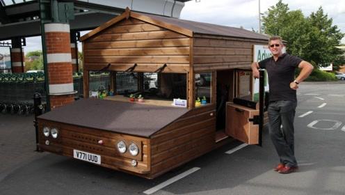 土豪用木头改造房车,开到哪就停到哪,网友:这才叫房车!