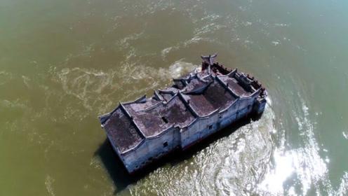"""长江第一""""钉子户"""",伫立江中700多年无人敢拆,至今未被淹没"""