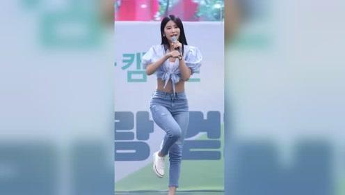 韩国美女跳舞就是漂亮,难怪男生喜欢呢