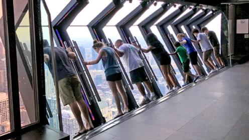 最疯狂的玻璃窗,每天有600位游客排队体验,你敢尝试吗?