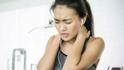 肩膀疼不一定是肩周炎,很有可能是肝脏在向你求救,别不在意!
