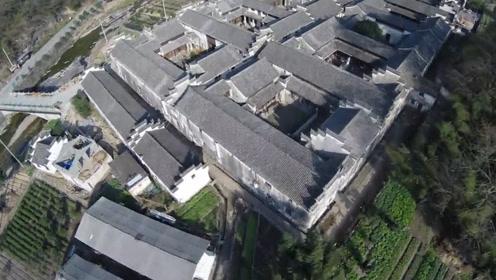 中国最牛的豪门大宅,一千根柱子就是一个村,晴不见日,雨不湿鞋