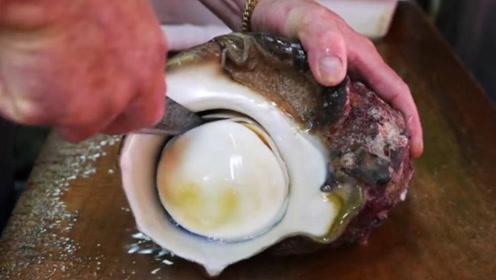 日本顶级厨师刀工多厉害?现场处理海蜗牛,一般人真的做不到