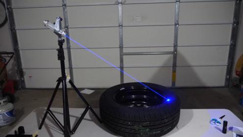 将激光对着轮胎照射能否将轮胎烧坏?小哥亲自实验,结果非常意外