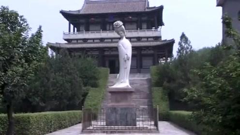 安倍晋三老家有座奇怪的坟墓,墓主是我国著名美女,成日本女神