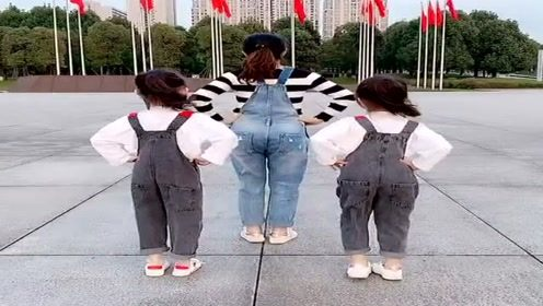 3姐妹广场上跳16步,节奏感这么强,我都想跳了!