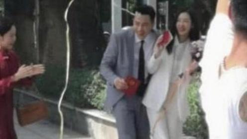 刘恺威再婚正式坐实?年轻女演员主动追求,民政局门口领证被拍!