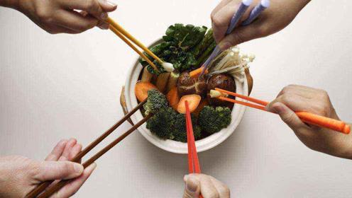 聚餐时要求用公筷是矫情吗?不妨从健康角度理解下