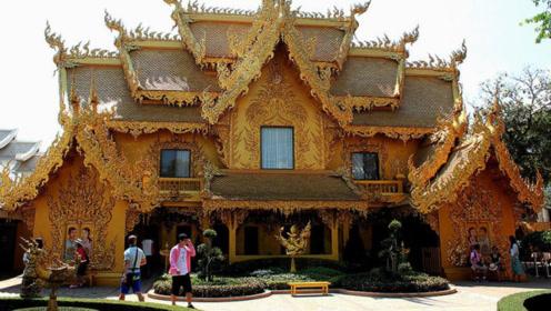"""泰国最""""华丽""""的卫生间,外表由黄金打造,对外还免费开放!"""