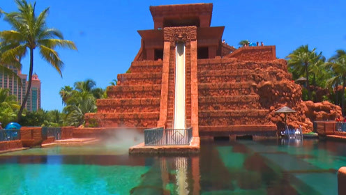 世界上最吓人的3个水滑梯,第一个就让你望而却步,太刺激了!