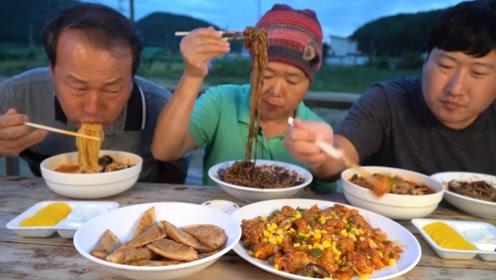 韩国农村吃什么菜?丰盛的一桌让人垂帘欲滴