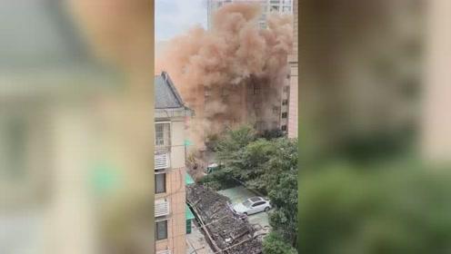杭州闹市区发出两次爆炸声 系施工破坏电力线路造成