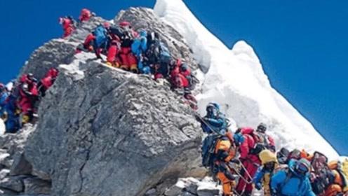 珠穆朗玛峰一半在中国,一半在尼泊尔,为何属于中国?不敢相信