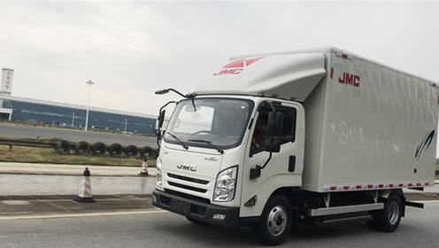 能多装300公斤货,全面升级的江铃凯锐EV二代试驾评测