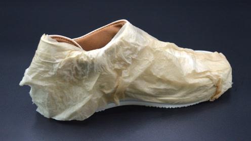 晾鞋子时,为什么要包上一层纸?好多人还不知道怎么回事,都看看吧
