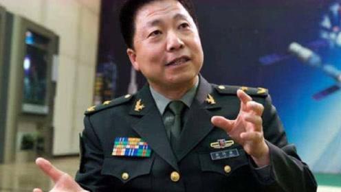 我国航天英雄杨利伟,现在过得怎么样了?让人心疼