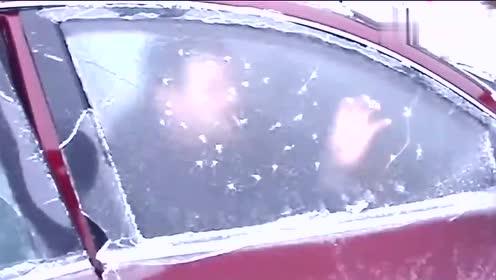 零下30度的大冬天,当你车被冻住了怎么办看看这个车主怎么玩