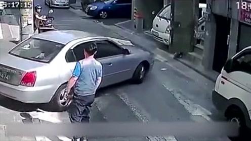 以后车上的事都不要找女司机来帮忙,教训太惨了!