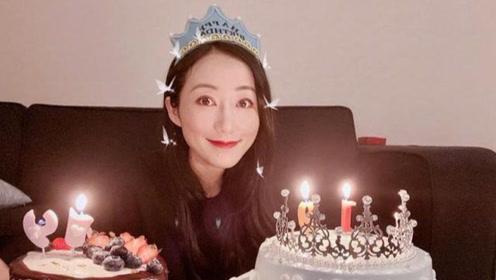韩雪过生日,别人都是一个蛋糕,她却与众不同,满桌子都是蛋糕