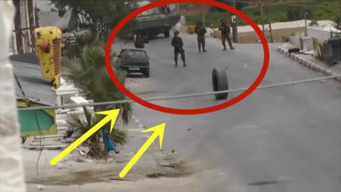 印度士兵正在巡逻执勤,突然滚来一只轮胎,接下来操作给大家伙逗笑了!
