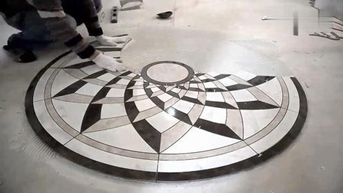 俄罗斯师傅铺瓷砖是这样处理波导线拼花的,与国内师傅有什么不同