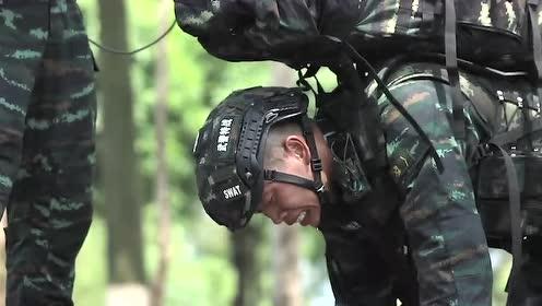 钢铁意志:是特战队员就站起来继续跑!