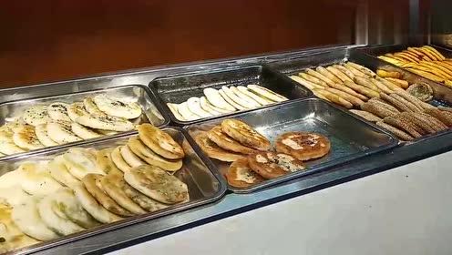 富士康厂区里早餐能吃到什么呢?